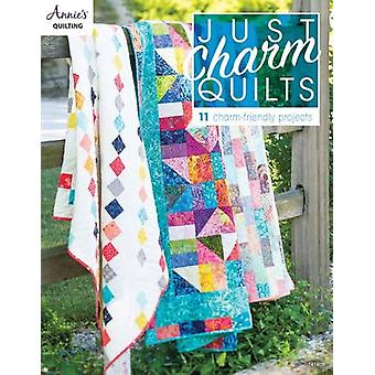 Just Charm Quilts - 11 Charm-Friendly Projects - 9781590127483 Book