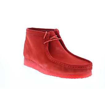 Clarks Wallabee Boot  Mens Red Suede Lace Up Chukkas Boots