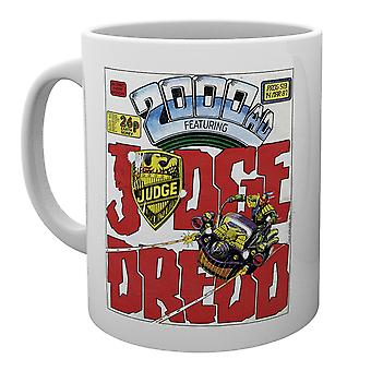 2000 AD Judge Dredd Badge Mug