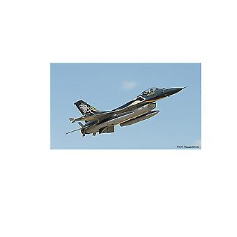 Lockheed F-16A ADF Fighting Falcon Plastic Model Airplane Kit