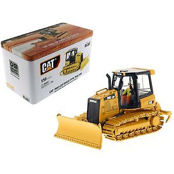 CAT Caterpillar D5K2 LGP Track Type Tractor Dozer avec Ripper and Operator High Line Series 1/50 Diecast Model par Diecast Masters