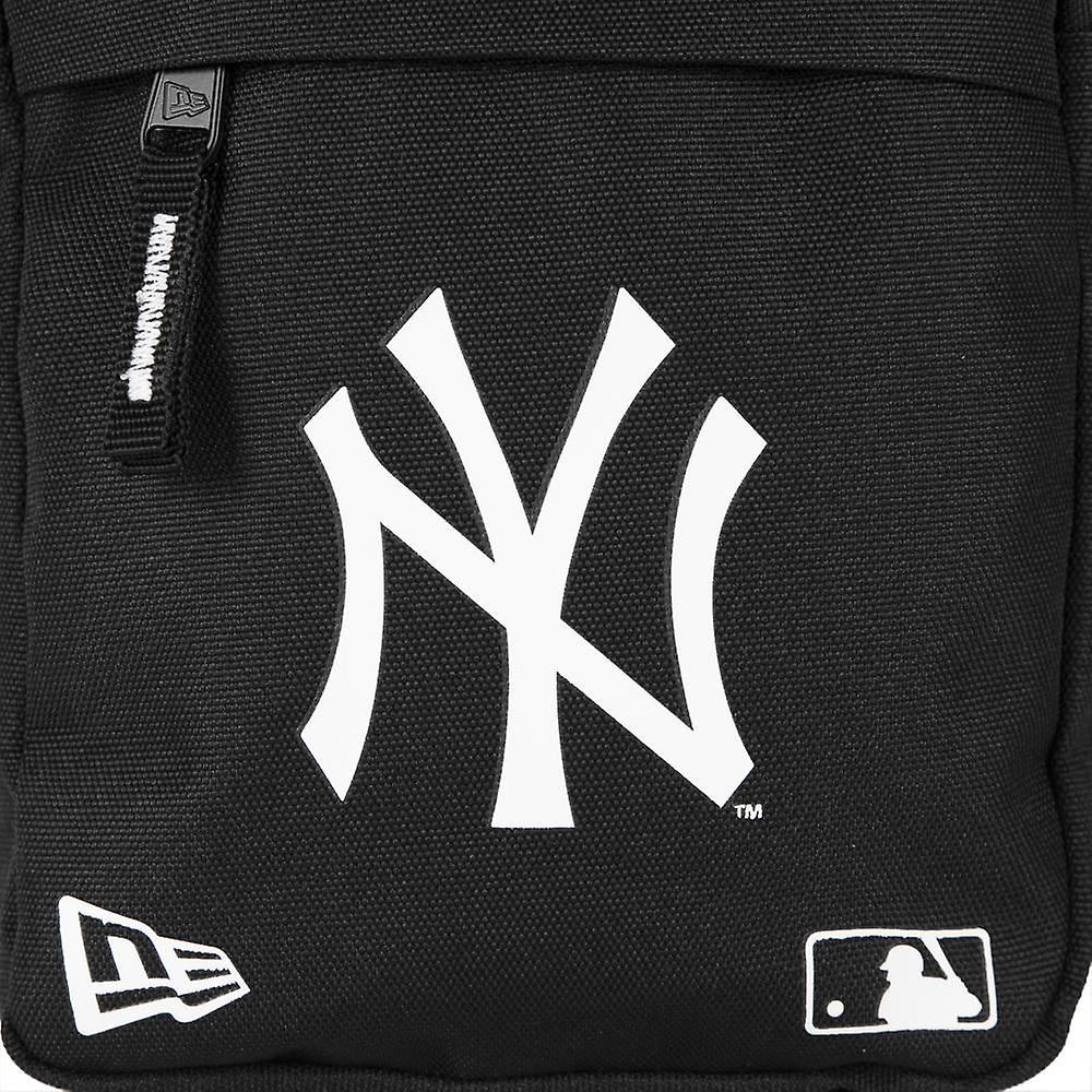 New Era MLB Side Bag ~ New York Yankees