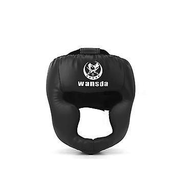 キックボクシングヘルメットと女性