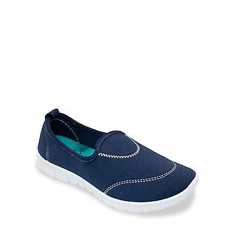 Chums Slip On Shoe With Contrast Insole