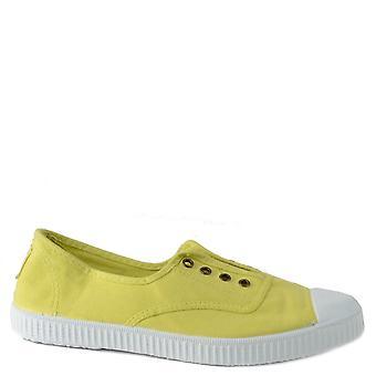 Victoria Shoes Dora Canvas Plimsolls Limon