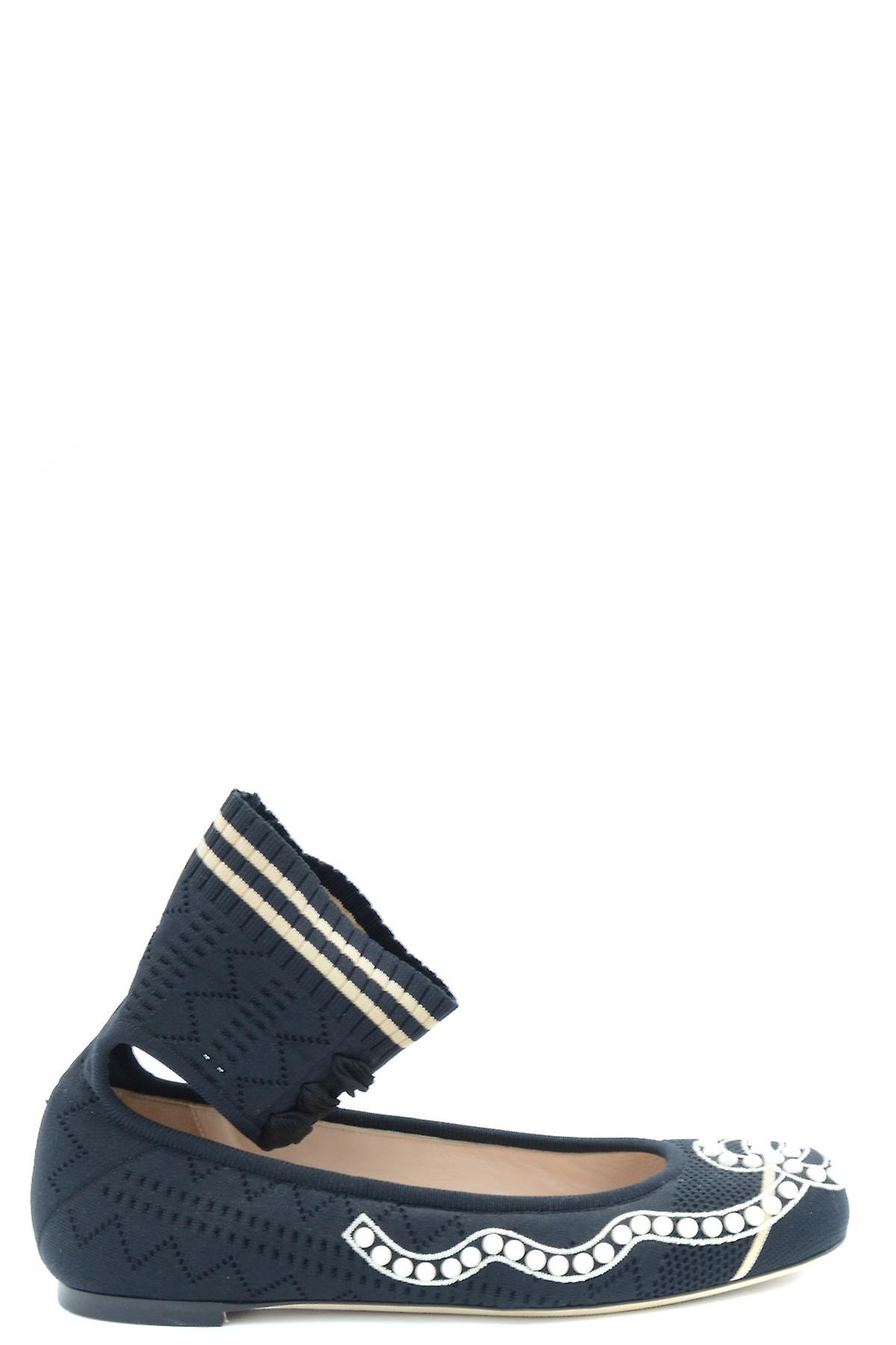 Fendi Ezbc009022 Women's Black Leather Flats
