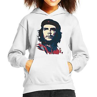 Filha de Guevara está com capuz moletom