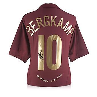 Dennis Bergkamp semnat Arsenal 2005-06 comemorative Highbury shirt