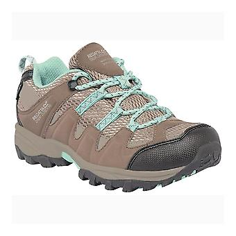 Regatta taupe Childrens Garsdale Low Junior zapatos para caminar