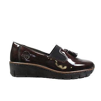 Rieker Doris 53751-35 Burgundy patent Womens slip på loafer skor