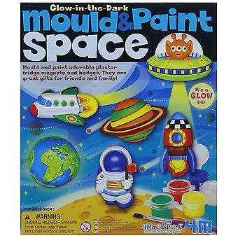 Great Gizmos 4M Mould and Paint Glow Space