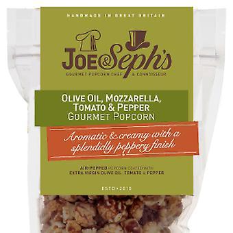 Olijfolie, mozzarella en tomaten popcorn