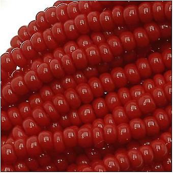 Cuentas de semillas checas Tamaño 11/0 Rojo oscuro opaco (1 madeja)