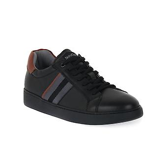 Black gardens 100 shoes