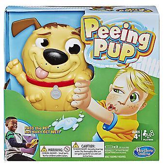 Hasbro gaming Peeing pup spil