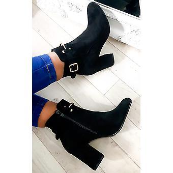 أحذية إيكروش المرأة مشبك آيسلا سويدي فو الكاحل