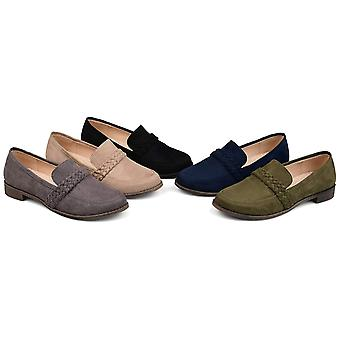 Journee Collection Womens hilari Suede Closed Toe Loafers