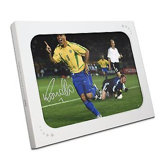 Ronaldo de Lima firmaron Brasil Foto: objetivo de Final de la Copa de mundo en caja de regalo