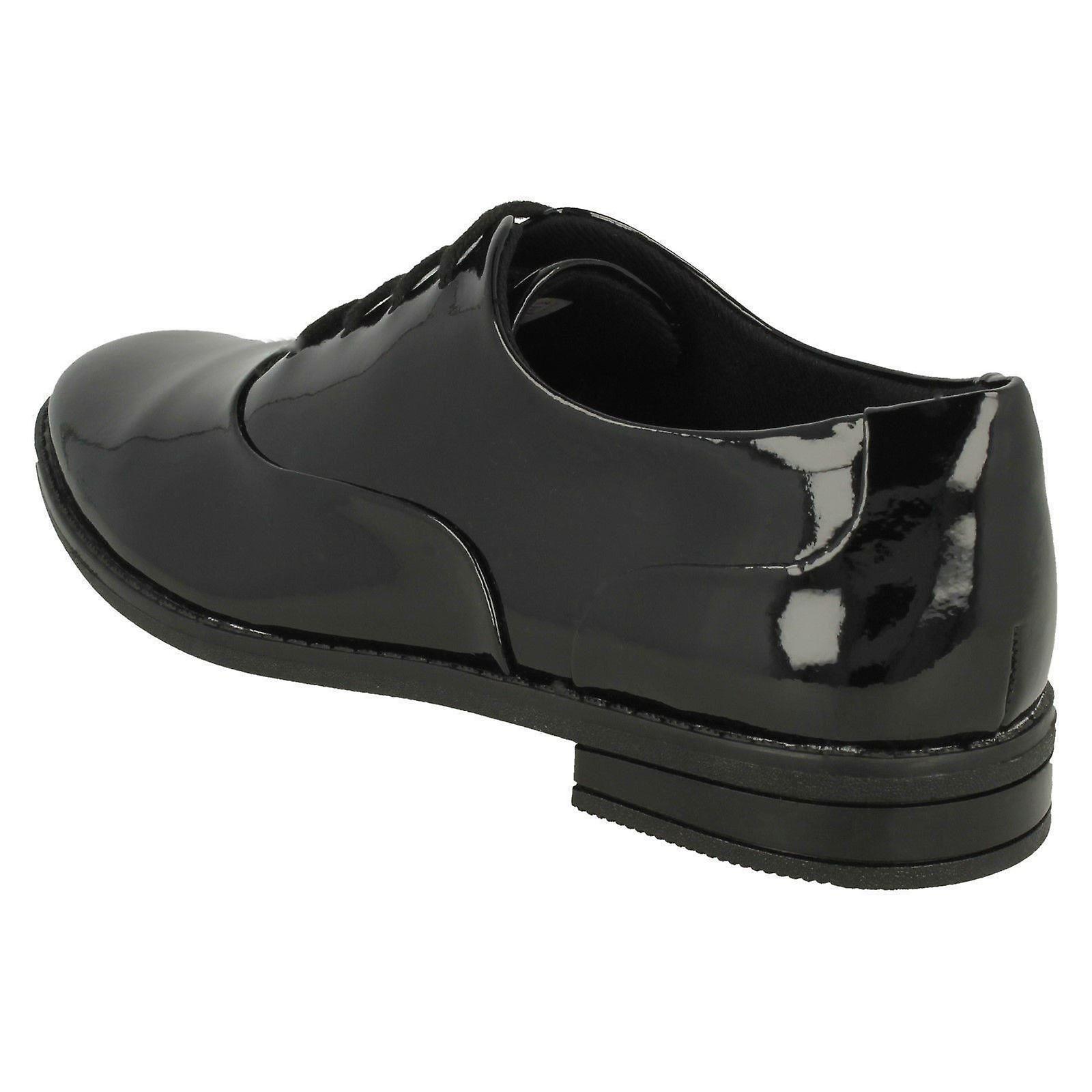 Clarks Filles Lacent Brogue École Chaussures Drew Star