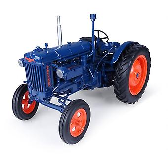 Fordson E27N (1945) Diecast Model Tractor