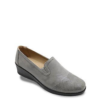 Chums Ladies Comfort Shoe Metallic