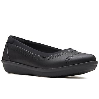 كلاركس أيلا أحذية النساء منخفضة