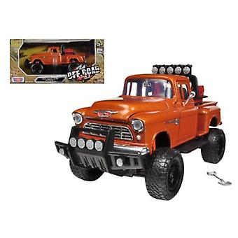 1955 Chevrolet 5100 Stepside Pickup Truck Off Road Orange 1/24 Diecast Modelo por Motormax