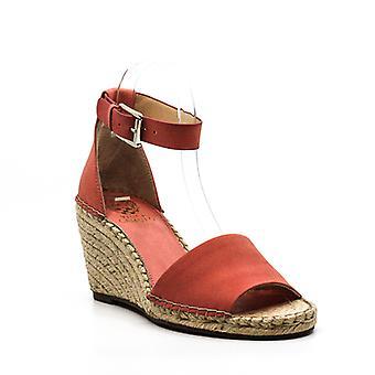 Vince Camuto | Leera Wedge Sandals