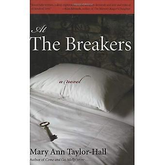 At The Breakers: een roman (Kentucky Voices)