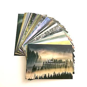 Sumuinen metsä klassisilla englanninkielisistä fraasivalintakorteista, maisema