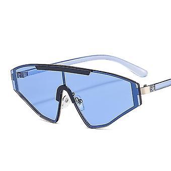 Sporty solbriller med trekantede buer i blåt glas UV400