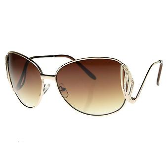 معدنية كبيرة منخفضة وقف خارج معبد المرأة المتضخم نظارات موضة النظارات الشمسية