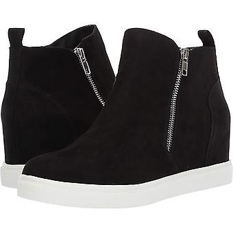 Madden Girl Women's Piperr Sneaker