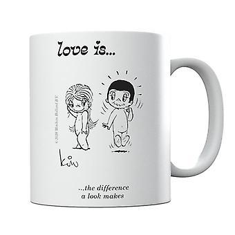 El amor es la diferencia que un look hace taza