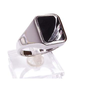 Silver men's ring with onyx