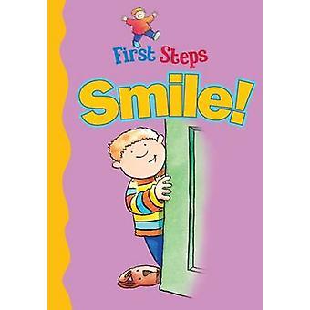 Smile! by Judy Hamilton - 9781910965436 Book