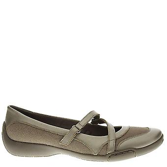 Auditions Womens Crescent Leather Square Toe Slide Flats