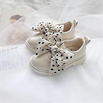 Spring And Autumn's Wave Dot Bean Shoes