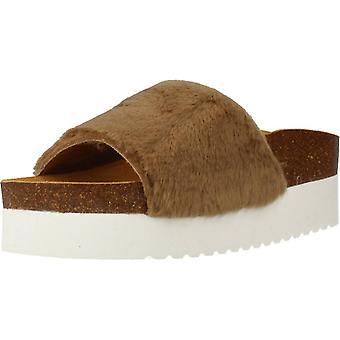 Gele sandalen pluizige kleur modder