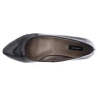 ARRAY Womens Paula Almond Toe Loafers