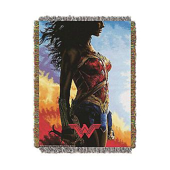 Woven Tapestry Throws - Wonder Woman - Gone Wonder New 024400
