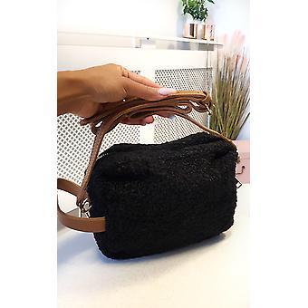 IKRUSH Mulheres Quinn Teddy Bear Shoulder Bag