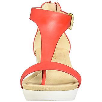 Kenneth Cole reaktio naisten uusi tyttö nahka Split toe rento T-hihna sandaalit