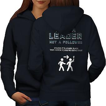 Johtaja Funy pelotti naisia NavyHoodie takaisin | Wellcoda, mitä sinä olet?