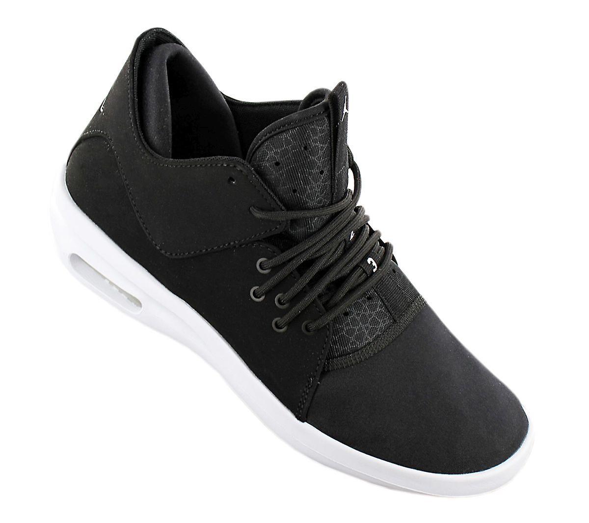 AIR JORDAN FIRST CLASS - Chaussures Hommes Chaussures Noires AJ7312-010 Sneakers Chaussures de sport - Remise particulière