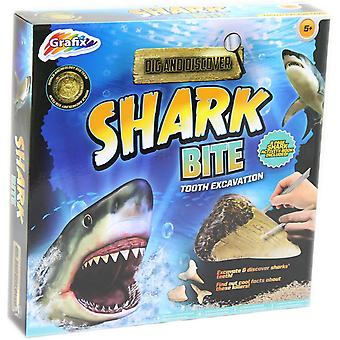 Grafix Dig and Discover - Shark Bite Tooth Excavation Kit