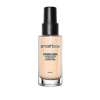 Piel de estudio Smashbox 15 horas usar base hidratante