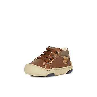 Geox baby jay j brown low top trainers