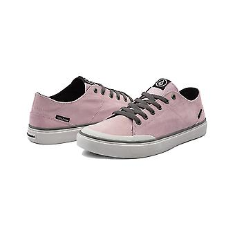 Volcom Leeds Suede Trainers in Faded Pink