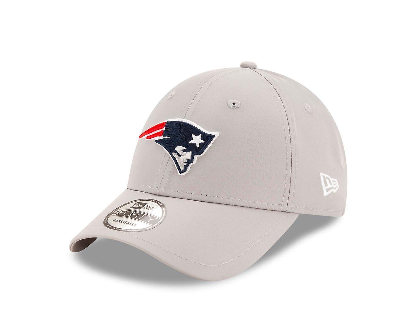 New Era NFL Winter Script 9Forty Cap ~ New England Patriots